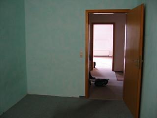 [Bild:Bebelheim: Schlafzimmer raus]