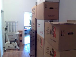[Bild:Kartons nachher (neue Wohnung) 2]