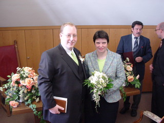 [Bild:fertig verheiratet]