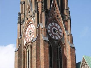 [Bild:Große Kirche: Turmuhr]