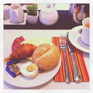 [Bild:Frühstück (wo ist mein Lachs…]