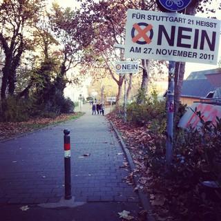 [Bild:Noch mehr #neinneinnein http:/…]