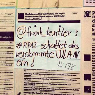 [Bild:Verzweifelter Aufruf #rp12 htt…]