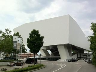 [Bild:Porsche Museum]